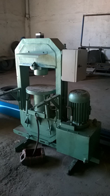 Art moule machine de presse pour carreaux de ciment for Carreaux de ciment pour terrasse exterieure